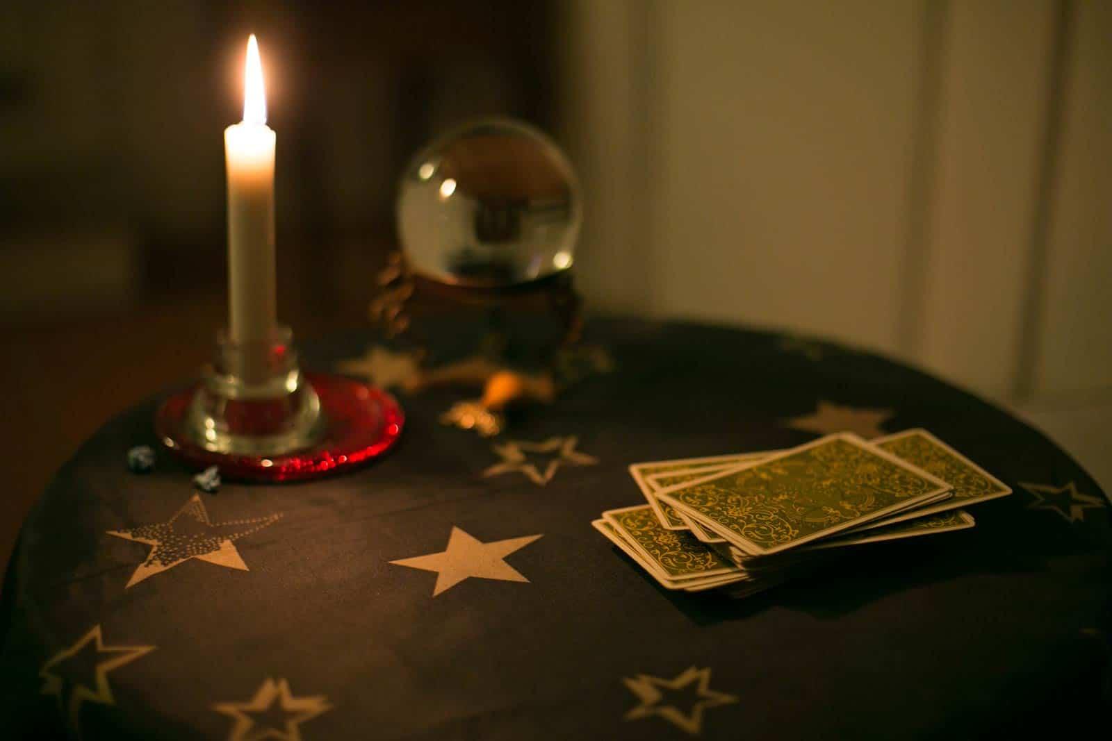 Astrologija tarot